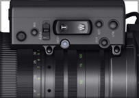 The removable Digital Drive unit on the CINE-SERVO 50-1000mm T5.0-8.9 ultra-telephoto zoom lens includes a convenient zoom/rocker switch that enables camera operators to smoothly zoom at a variety of speeds, from a very fast 1.5 seconds to a very slow 180 seconds from full-wide to full-telephoto.