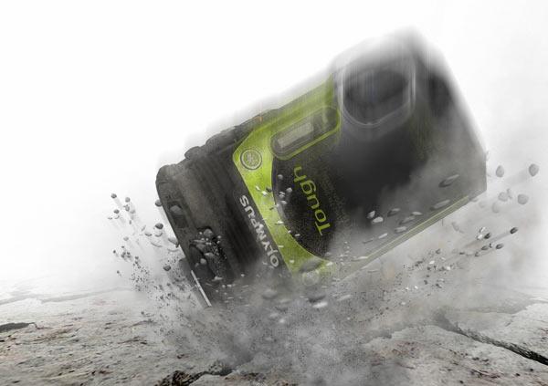 Olympus Stylus Tough TG-870, Metallic Green : shockproof. Image Courtesy of Olympus