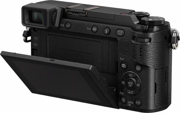 Panasonic GX85 Back View, tiltable LCD