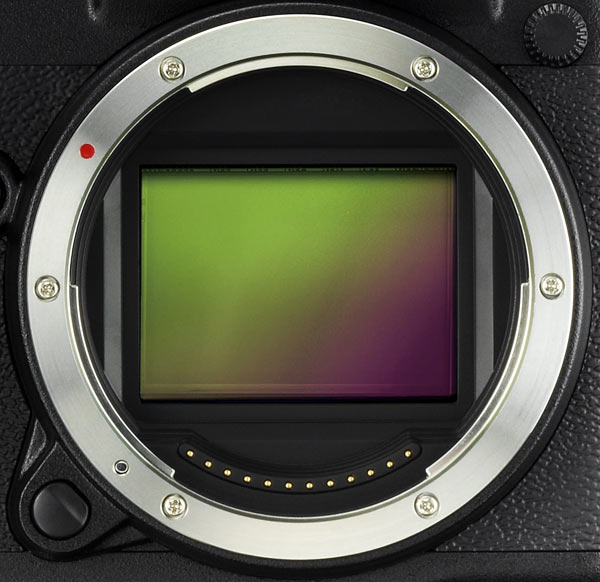 FUJIFILM G Format 43.8 x 32.9mm sensor with 51.4MP resolution