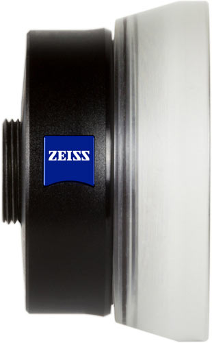 Tiny details in close-up: the ZEISS Vario-Proxar 40-80 T* macro-zoom lens.
