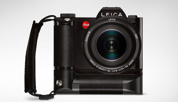 Leica SL with Leica Multifunctional Handgrip HG-SCL4 and Leica Hand Strap S