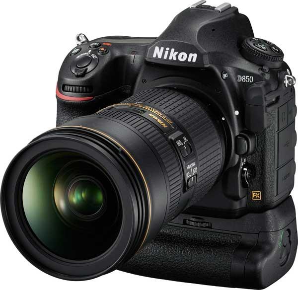 Nikon D850 with battery grip (MB-D18)
