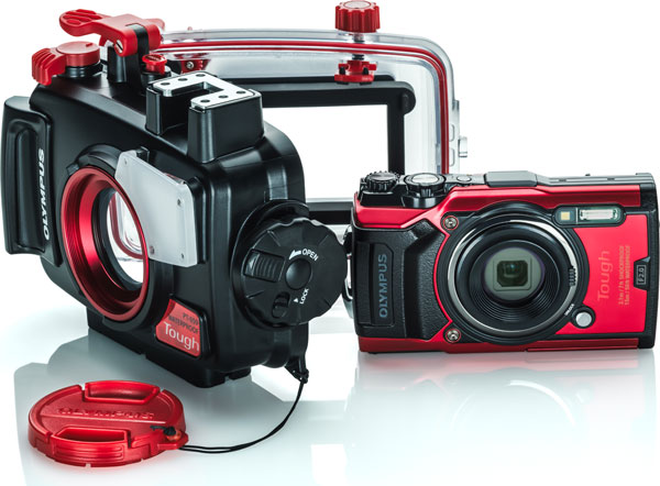 Olympus TOUGH TG-6 (red) with Underwater Case, PT-059