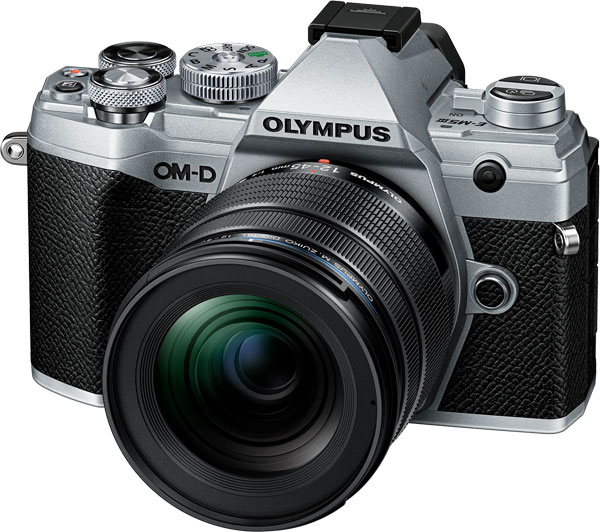 Olympus M.Zuiko Digital ED 12-45mm F4.0 PRO Lens + Olympus OM-D E-M5 Mark III, Silver, Camera