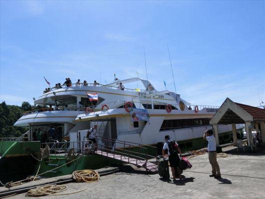 ラッサダ港 ( RASSADA PIER )