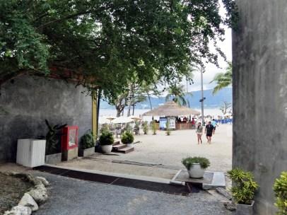 パラダイスビーチへのアクセス方法 ( パトンビーチ・無料シャトルサービス)