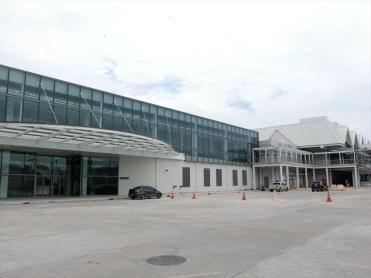 国際線ターミナルと国内線ターミナルをつなぐ通路