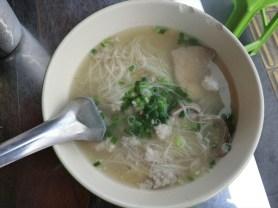 ミースワ ( Mee-soua / Phuket Style noodle / หมี่สั่วภูเก็ต ) /カオトム・ムー・プーケット / ( khao-Tom moo Phuket / ร้านข้าวต้มหมูภูเก็ต )