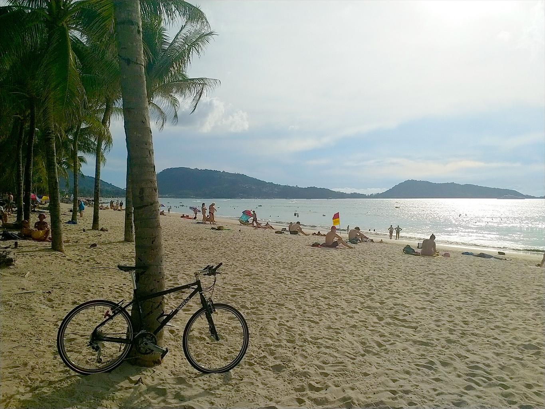 2018年12月10日のパトンビーチ・16:00頃の風景