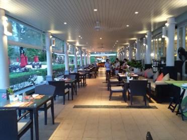 リム・タレイ ( RIM TALAY ) / パトンビーチのレストラン -アマリプーケット-