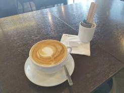 ディーンアンドデルーカ ( DEAN & DELUCA ) ボートラグーン店/ ボートラグーンのカフェ