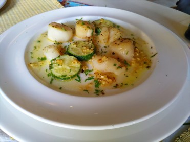ホタテのガーリックバター / ディブック レストラン ( Dibuk Restaurant ) / プーケットタウンのレストラン
