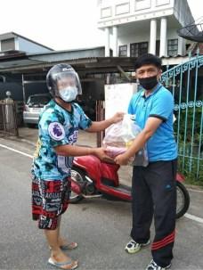 タイ政府による食品の無料支給