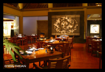 banyan-tree-resort-restaurant-phuket.jpg