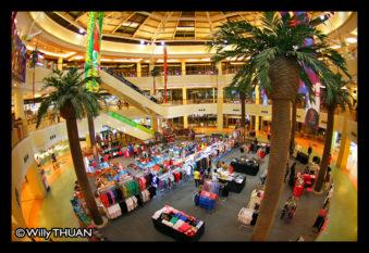 inside-jungceylon-phuket
