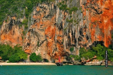 Ao Phra Nang Cave