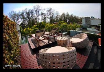 maikhao-dreams-balcony