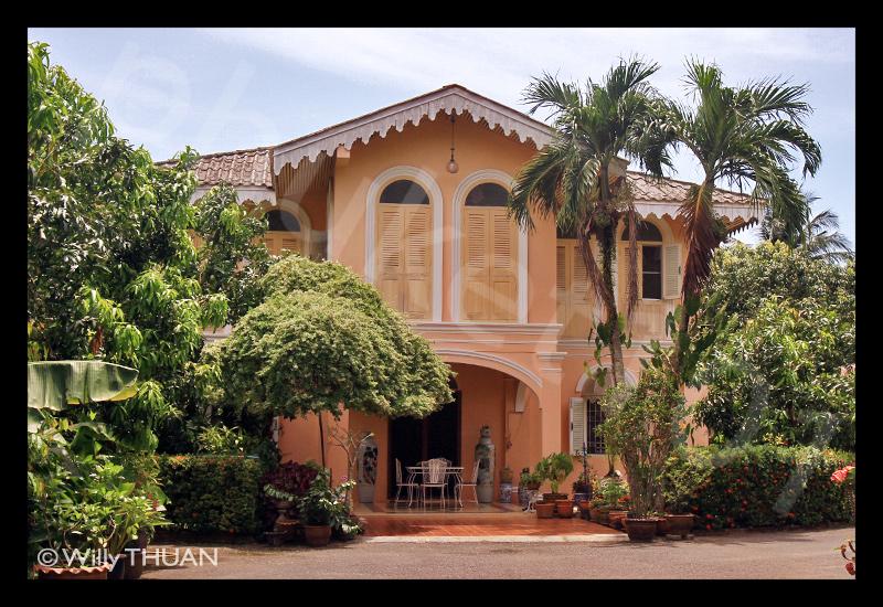 pink-house-phuket