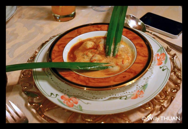 royale-nam-tok-french-restaurant-phuket
