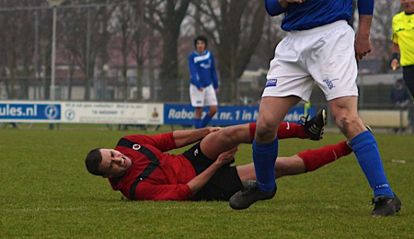 Footballers of all abilities can suffer from hamstring injuries - Image by Thomas (Flickr CC)