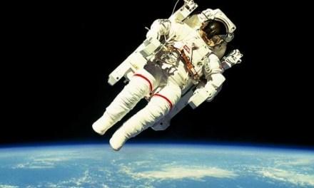 Warum fallen Astronauten nicht vom Himmel?