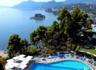 Blick vom Corfu Palace Hotel.