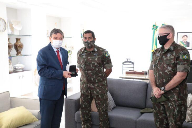 WhatsApp Image 2021 01 12 at 11.56.54 1 Governador dá boas-vindas ao novo comandante do 25º BC