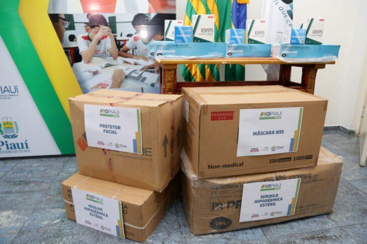 WhatsApp Image 2021 01 15 at 12.25.18 1 Piauí inicia distribuição de insumos para vacinação contra a Covid em municípios