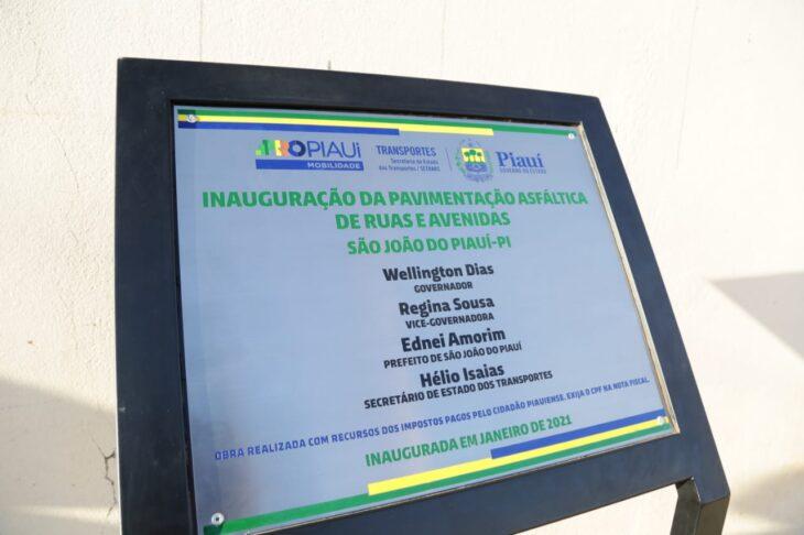 WhatsApp Image 2021 01 21 at 08.39.39 2 Wellington inaugura pavimentação de ruas em São João do Piauí