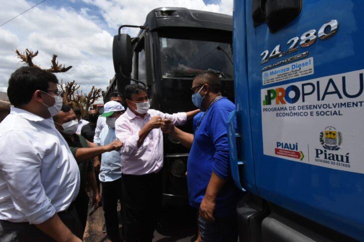 agenda em guaribas 5 Governador entrega obras de mobilidade urbana em Guaribas