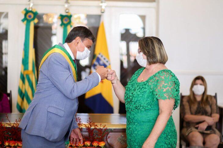 entrega de medalhas 18 Governador entrega medalhas por ocasião do 198º aniversário da adesão do Piauí à Independência