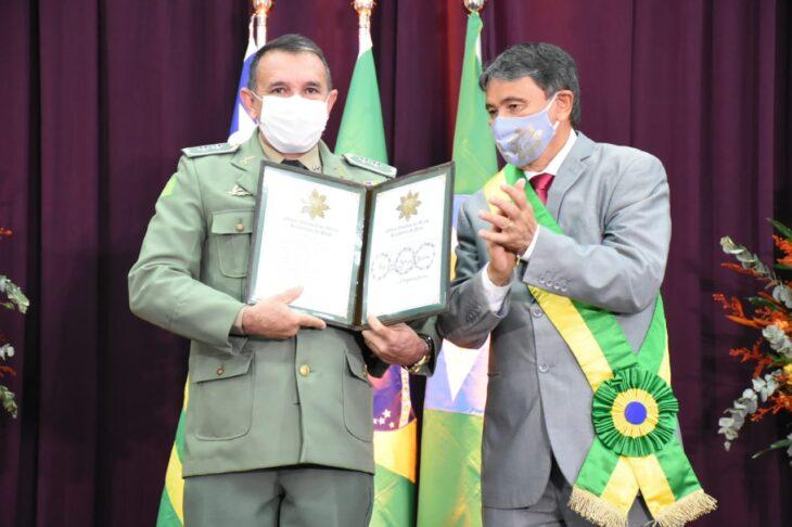 medalhas piracuruca 2021 12 Governador entrega medalhas do Mérito Renascença em Piracuruca