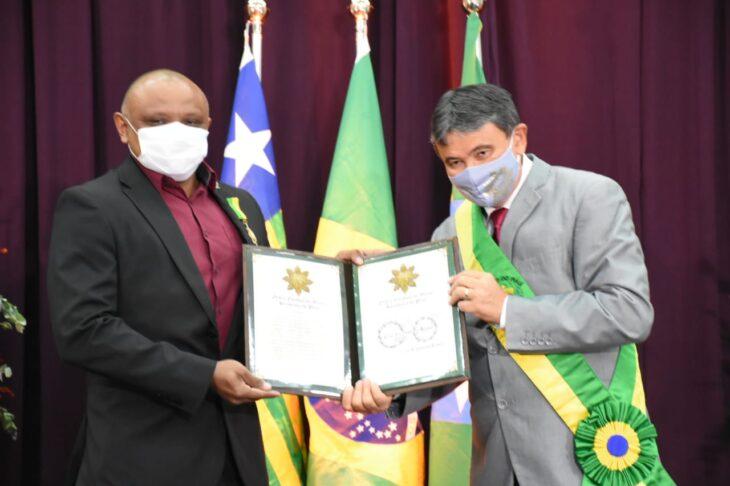 medalhas piracuruca 2021 22 Governador entrega medalhas do Mérito Renascença em Piracuruca