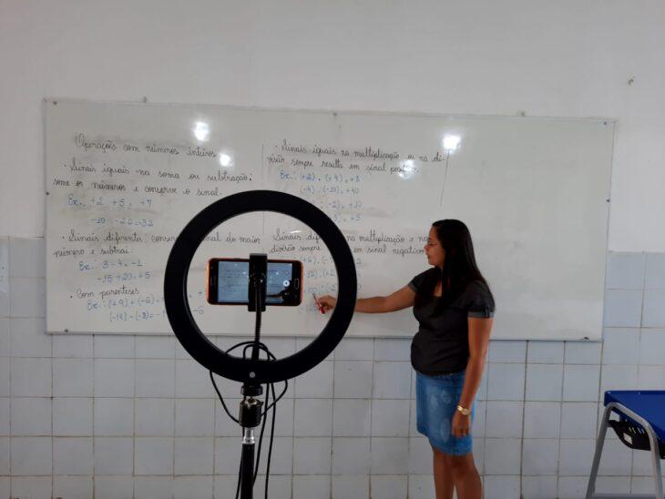 WhatsApp Image 2021 02 02 at 16.56.29 Escolas estaduais montam estúdios para transmissão de aulas remotas