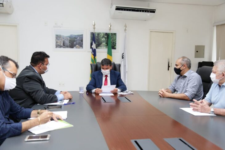 WhatsApp Image 2021 02 08 at 18.18.59 1 Wellington libera R$ 3 milhões para o combate à febre aftosa no Piauí