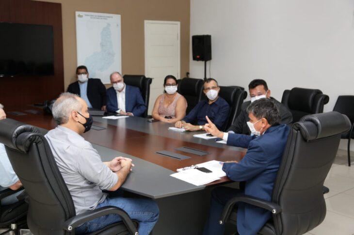 WhatsApp Image 2021 02 08 at 18.19.01 2 Wellington libera R$ 3 milhões para o combate à febre aftosa no Piauí