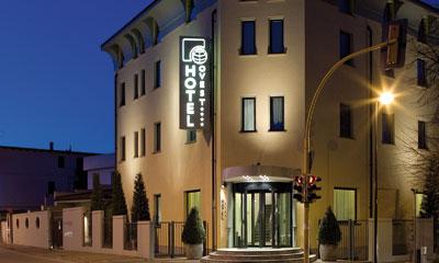 Hotel Ovest  Piacenza