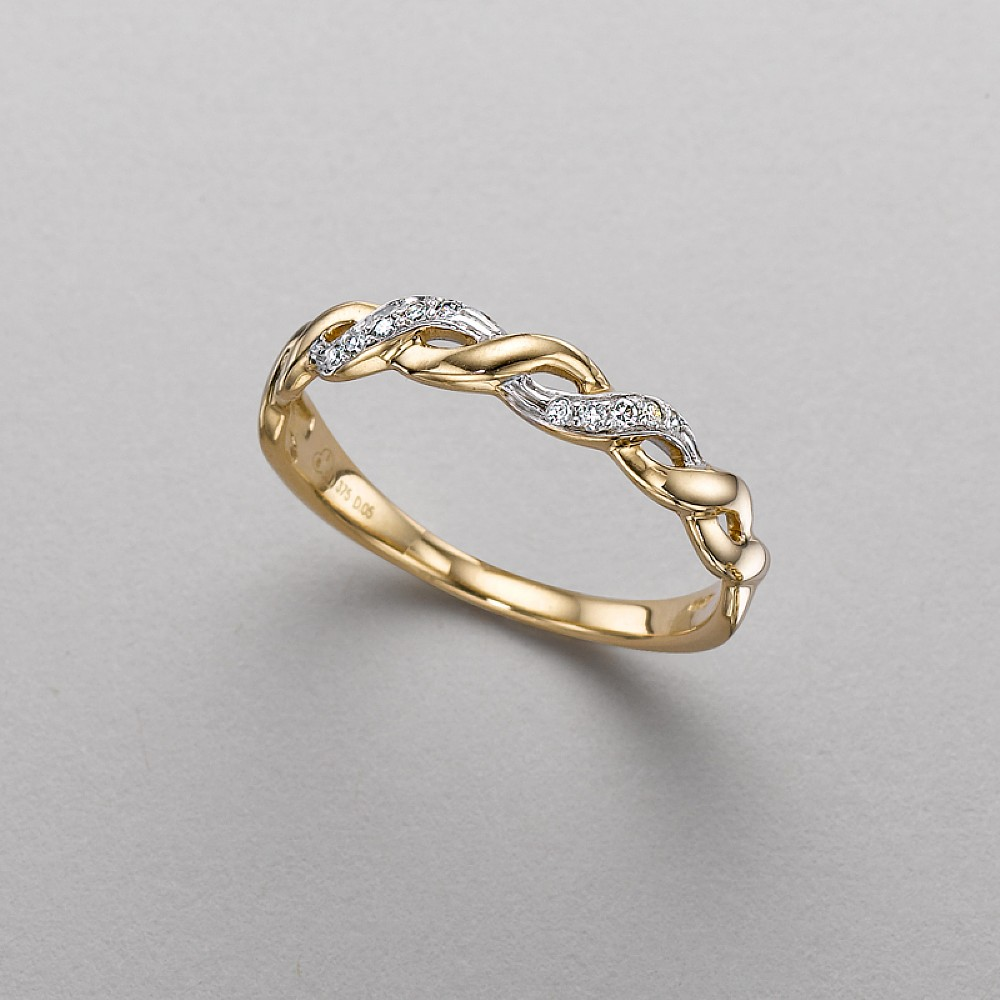 glacier wave diamond ring