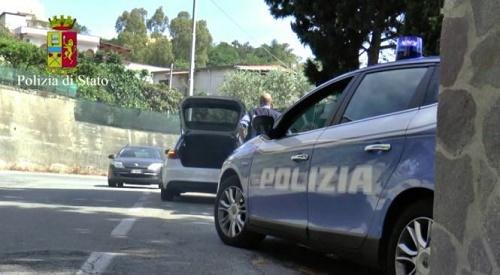 La Polizia di Stato in prima linea contro l'aberrante fenomeno della violenza domestica. 3 gli arresti in un giorno nella Piana di Gioia Tauro
