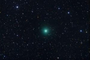 In arrivo la cometa verde: spettacolo in cielo ad agosto, visibile a occhio nudo