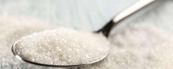 Ecco perché dovresti mettere una cucchiaiata di zucchero nel tuo giardino questa estate