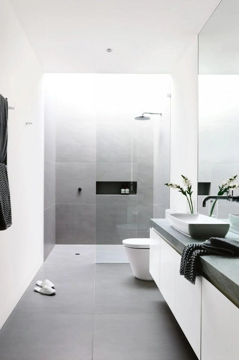 Arredare un bagno lungo e stretto