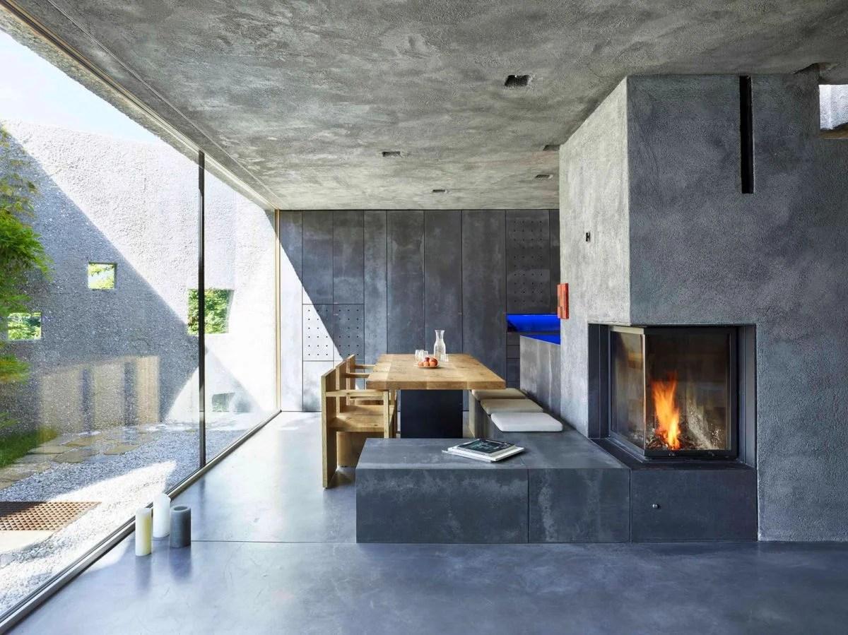 Soggiorno contemporaneo moderno con le pareti grigio. Soggiorno Con Camino
