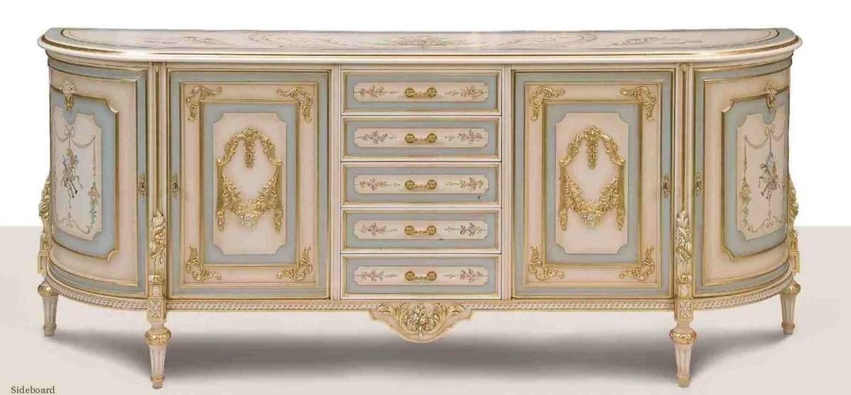 Stile veneziano operiamo nel settore dell' antiquariato da oltre 40 anni. Stile Veneziano
