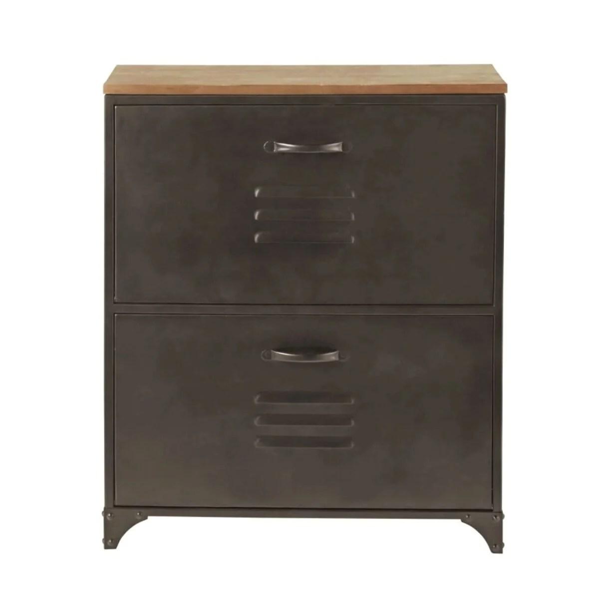 Nel catalogo si trovano arredi in stile industriale, nordico, shabby. Mobili Per Ingresso Maisons Du Monde