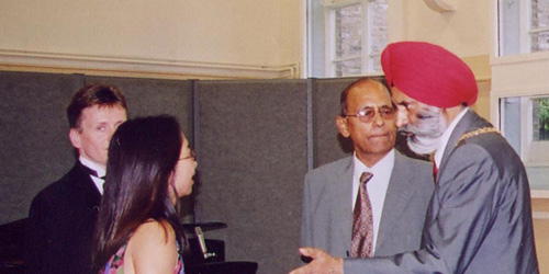 Bekkers Duo with Ayyub Malik and Mayor of London Ealing, 30 May 2003