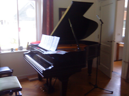 Steinway Grand used in recordings of multi-hand piano duets
