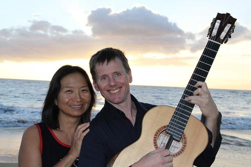 Bekkers Piano Guitar Duo, sunset in Wailea. Photo: Dennis O'Keefe