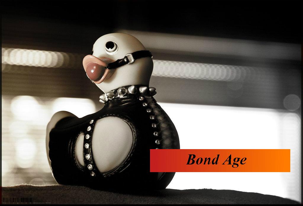 Bond Age Calendario 2015